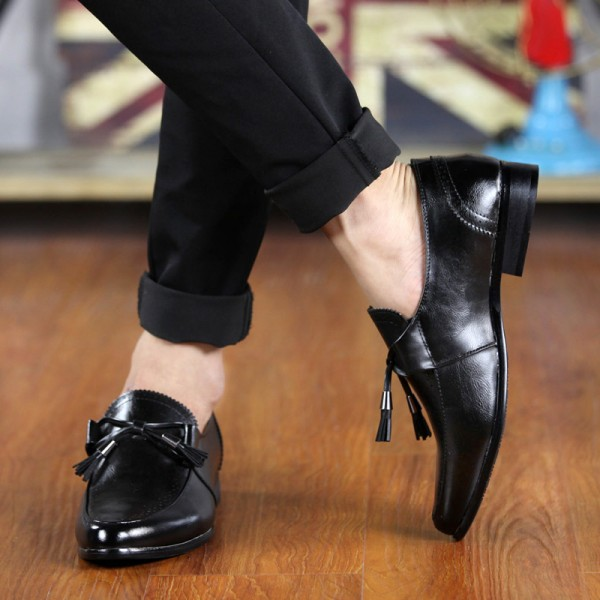 Black Bow Tassels Pointed Head Mens Loafers Dress Dapper Man Shoes Flats